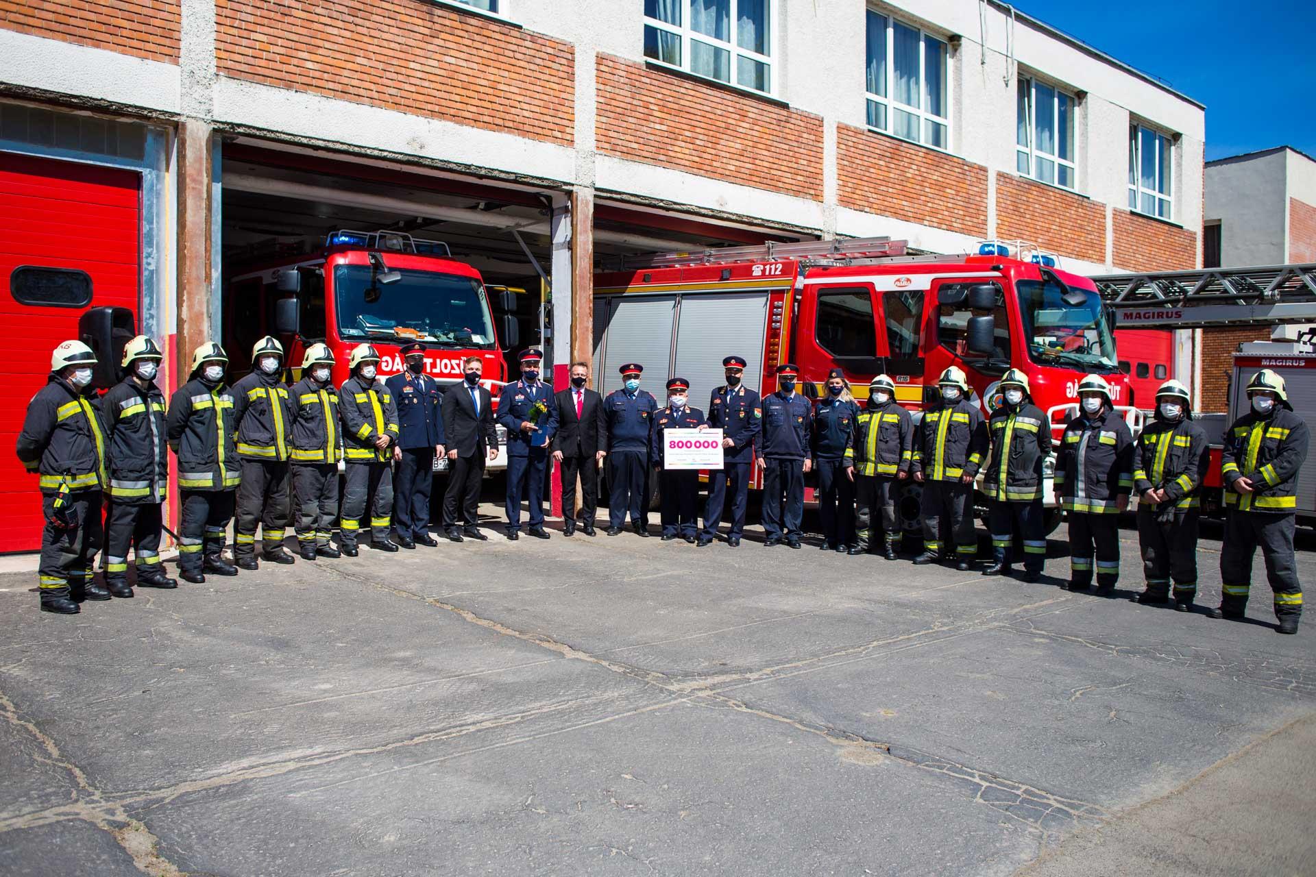 Tűzoltó díj átadás - Tűzoltóság Kazincbarcika