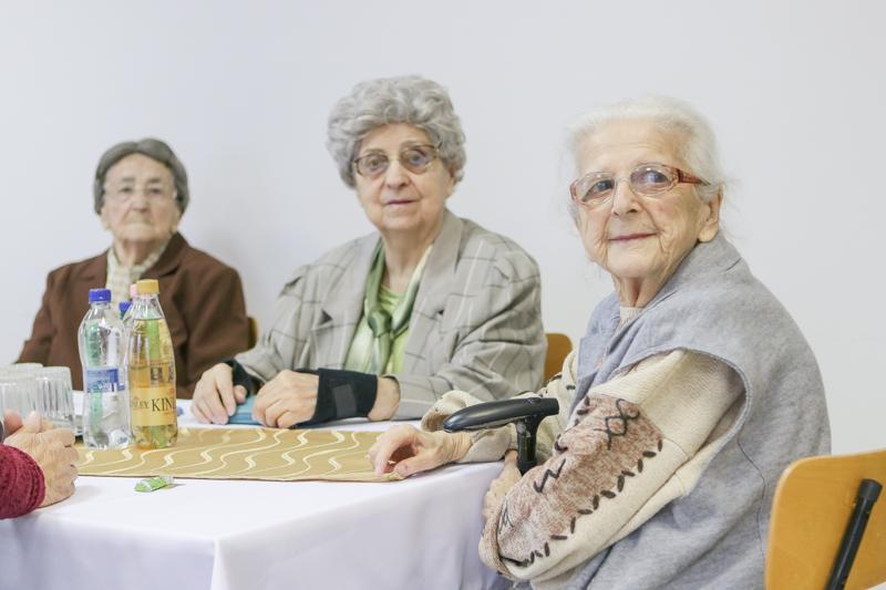 https://kolorline.hu/Nőnap a Muskátli Nyugdíjasházban