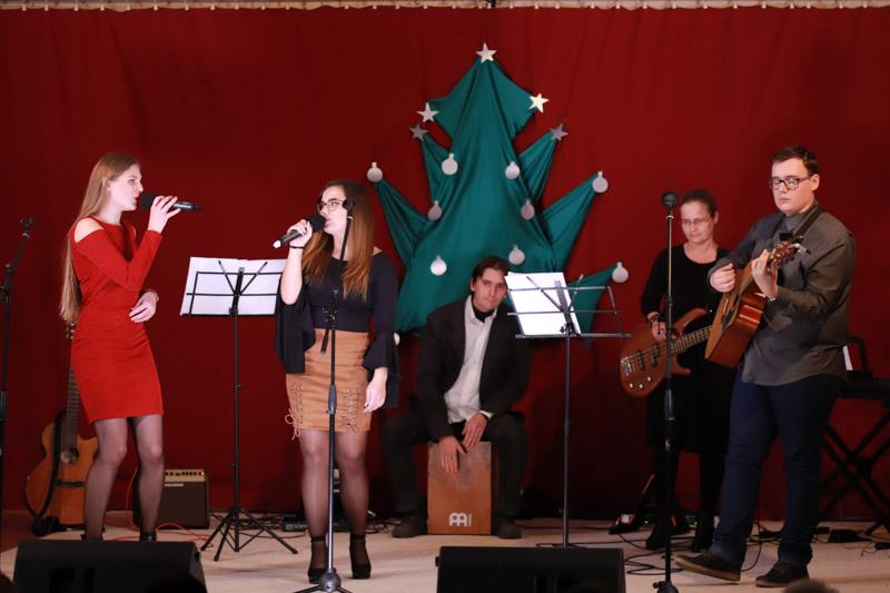 Karácsonyi jótékonysági gála az Irinyi János Református Iskolában