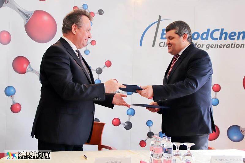 Kolorline - Kazincbarcika - Továbbra is jó kapcsolatot ápol a BorsodChem és az Irinyi