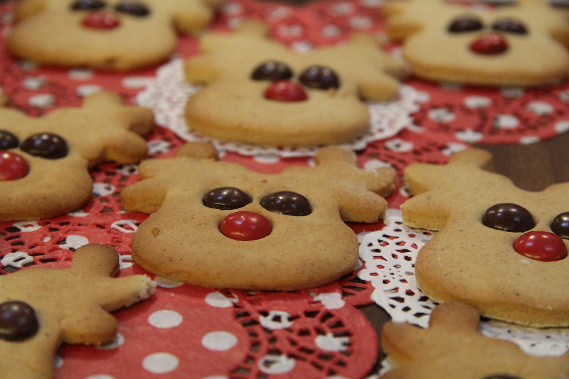 http://kolorline.hu/Karácsonyi örömök – Mézes szarvas sütemény