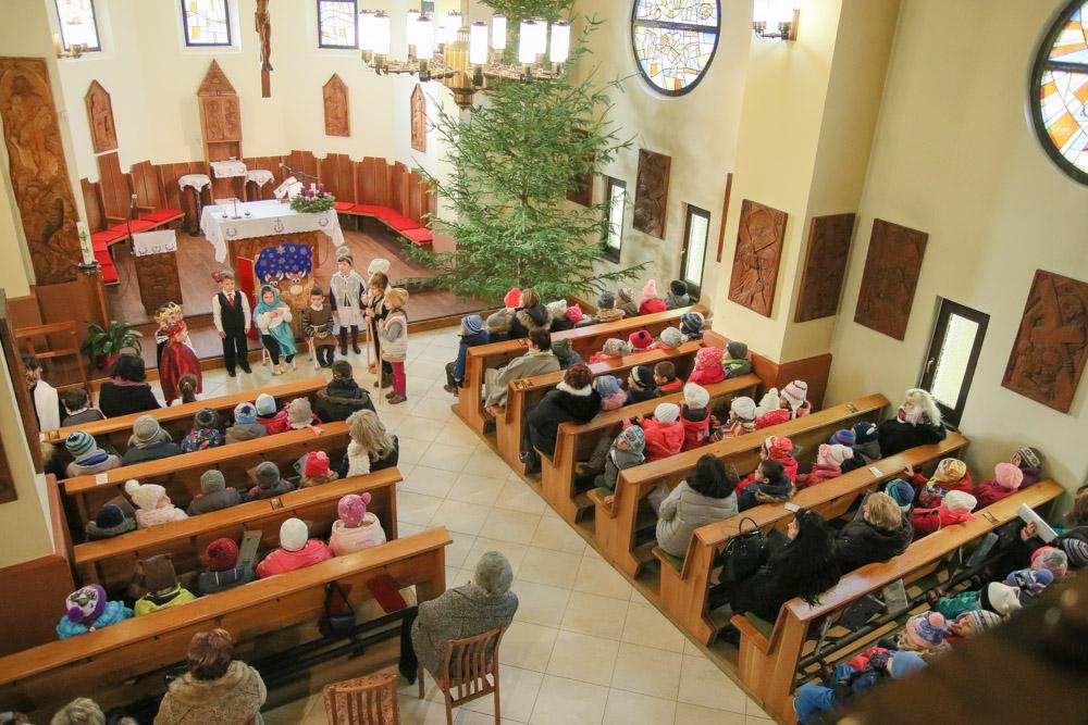 Karácsonayi koncert - Kazincbarcikai Összevont Óvodák