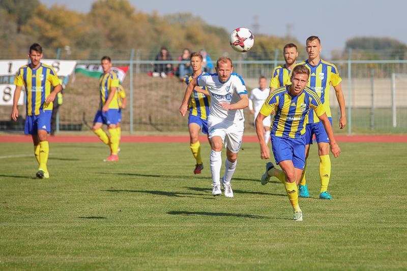 http://kolorline.hu/Kazincbarcika-MTK Budapest 0-1 (0-0)