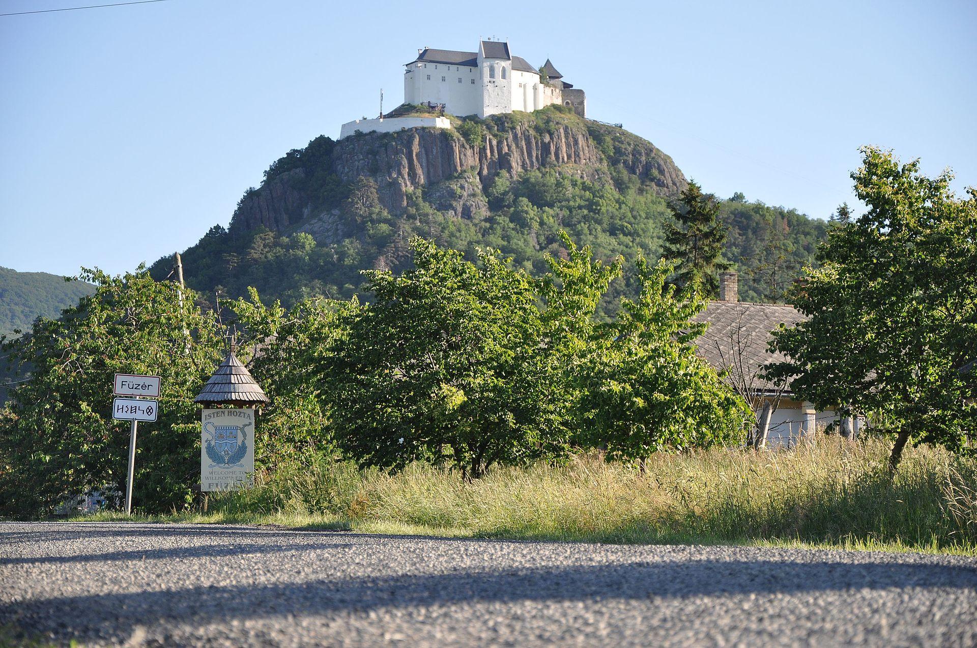 http://kolorline.hu/Kiránduljunk ősszel - a legszebb várak Észak-Magyarországon