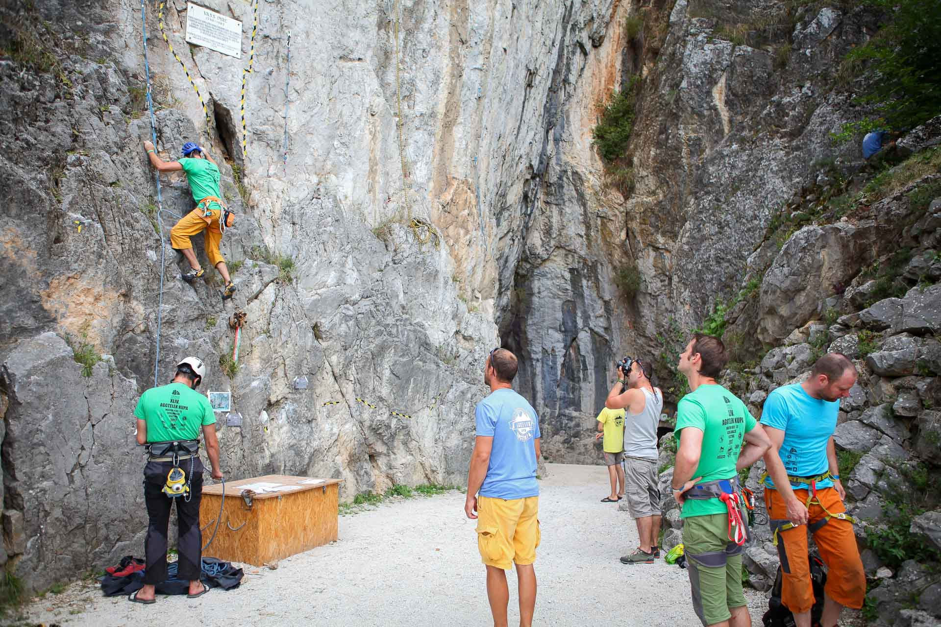 http://kolorline.hu/Fesztivál a hegymászóknak Aggtelken