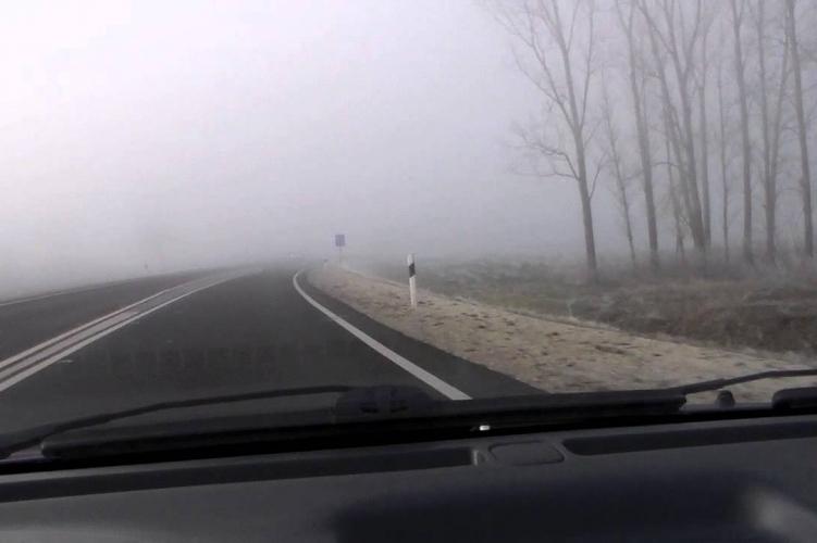 https://kolorline.hu/Hogyan közlekedjünk a ködös utakon?