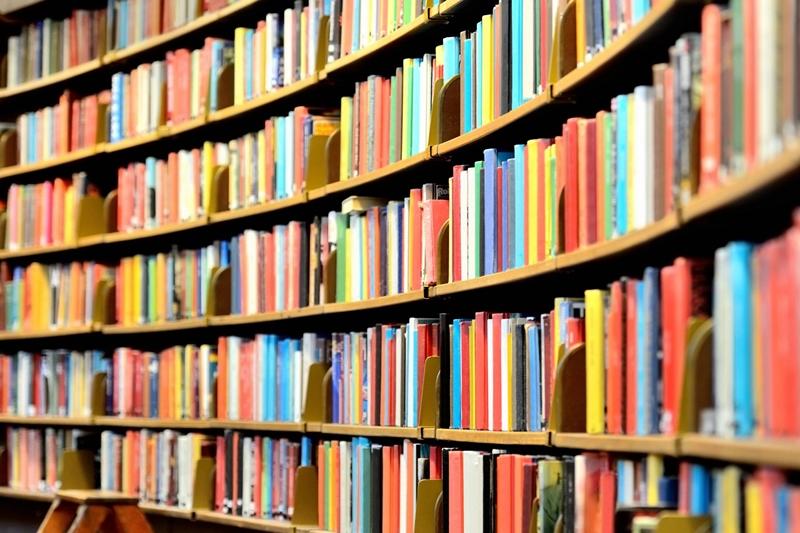 https://kolorline.hu/Online szolgáltatások az Egressy Béni Városi Könyvtártól