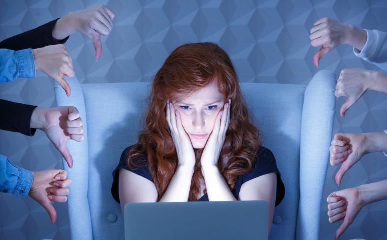 https://kolorline.hu/A gyermekek internetes zaklatása bármikor és bárhol megtörténhet
